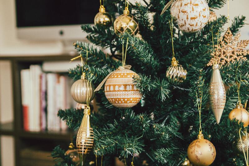 ニトリのクリスマスツリーアップ